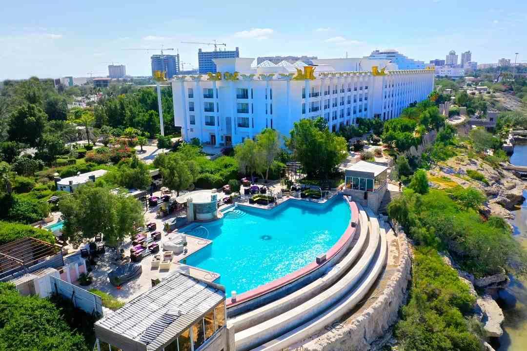 هتل داریوش کیش - حسین ثابت زاده